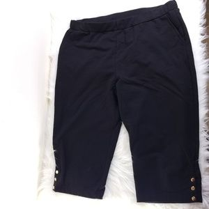 Susan Graver Black Stretch Capri Pants